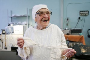 Russias-Oldest-Working-Surgeon-Alla-Levushkina2