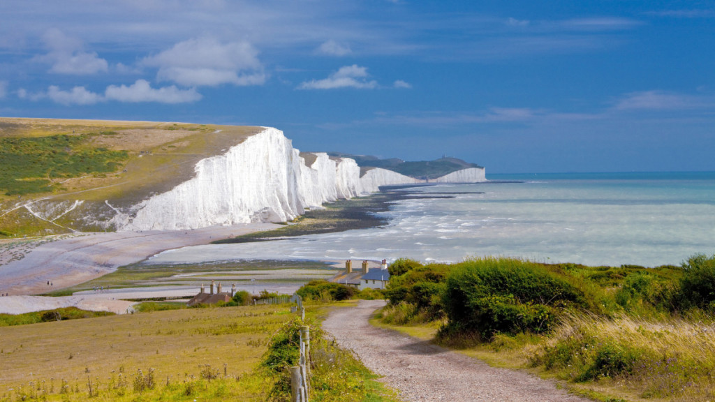 August 2010, East Sussex, England, UK --- Seven Sisters chalk cliffs in East Sussex --- Image by © Jose Fuste Raga/Corbis